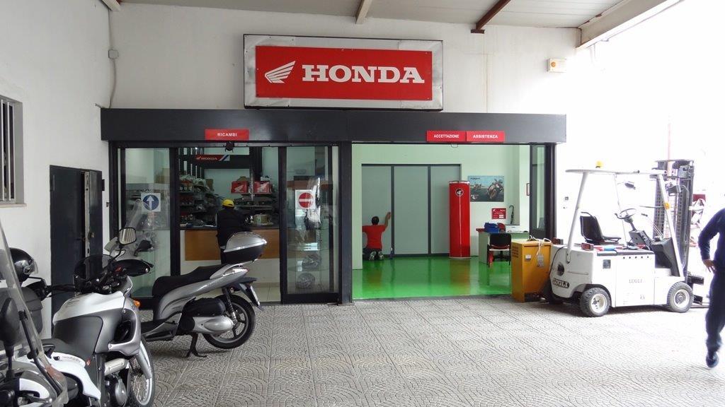 Team motors s r l concessionaria honda moto for Honda financial services payment login